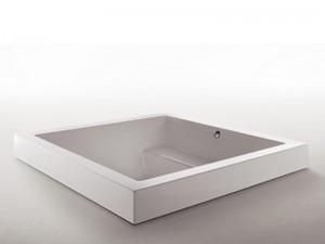 Zucchetti Kos Grande Step Quadra bañera de hidromasaje empotrada